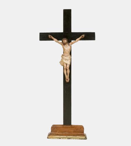 talla-cristo-crucificado-españa